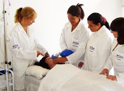 Curso técnico de auxiliar de enfermagem