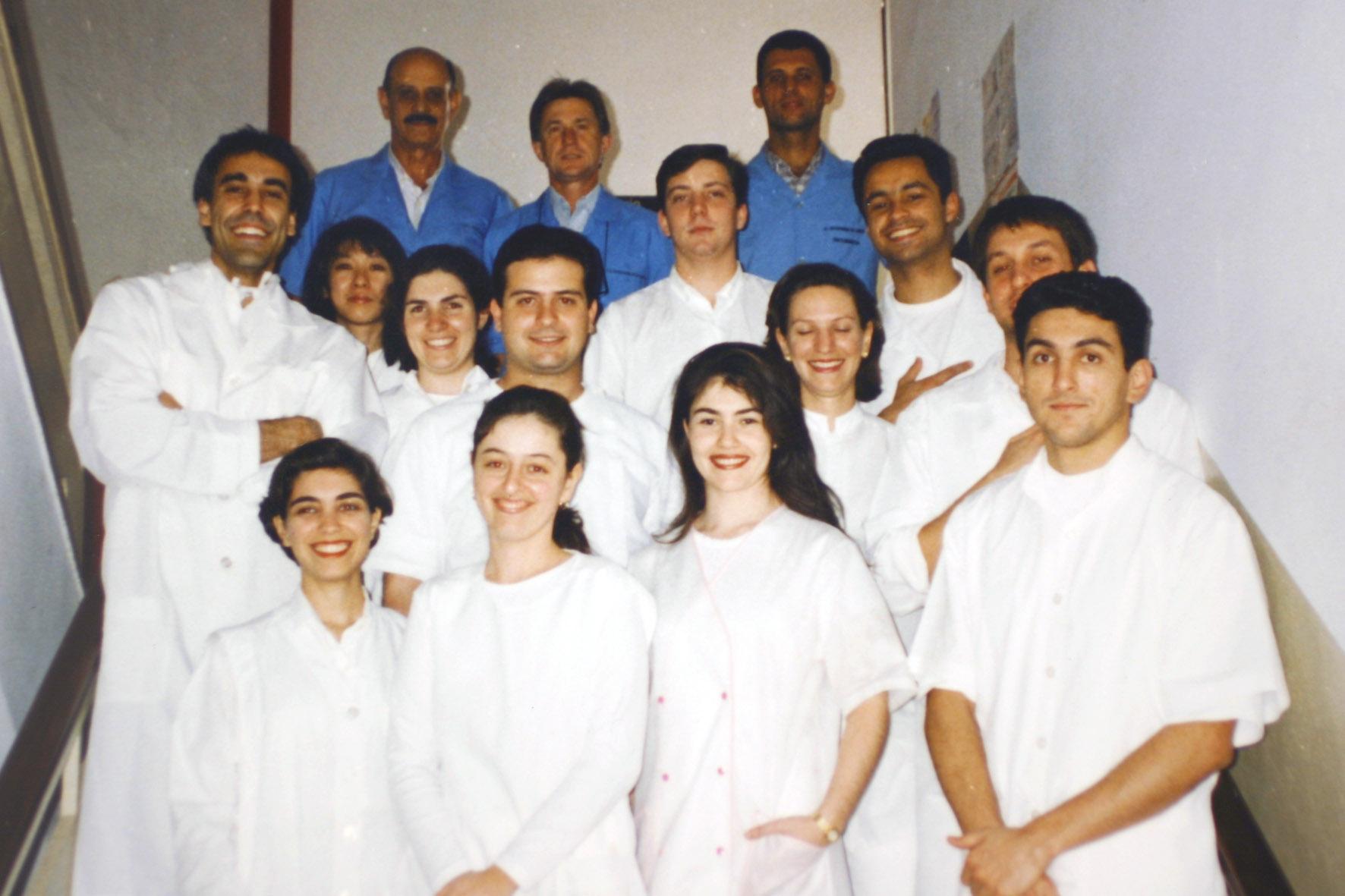 CURSO DE ESPECIALIZAÇÃO EM ORTODONTIA - TURMAS ANTERIORES